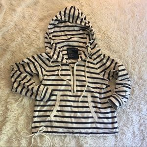 Quarter sooo striped sweatshirt